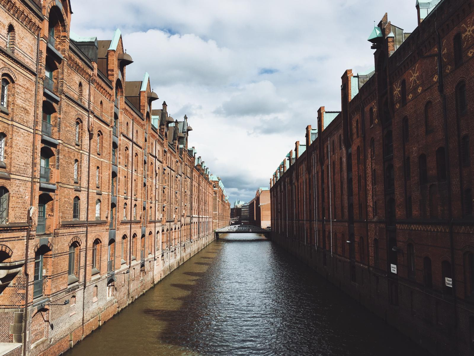Фото город Гамбург, Германия (494835517)
