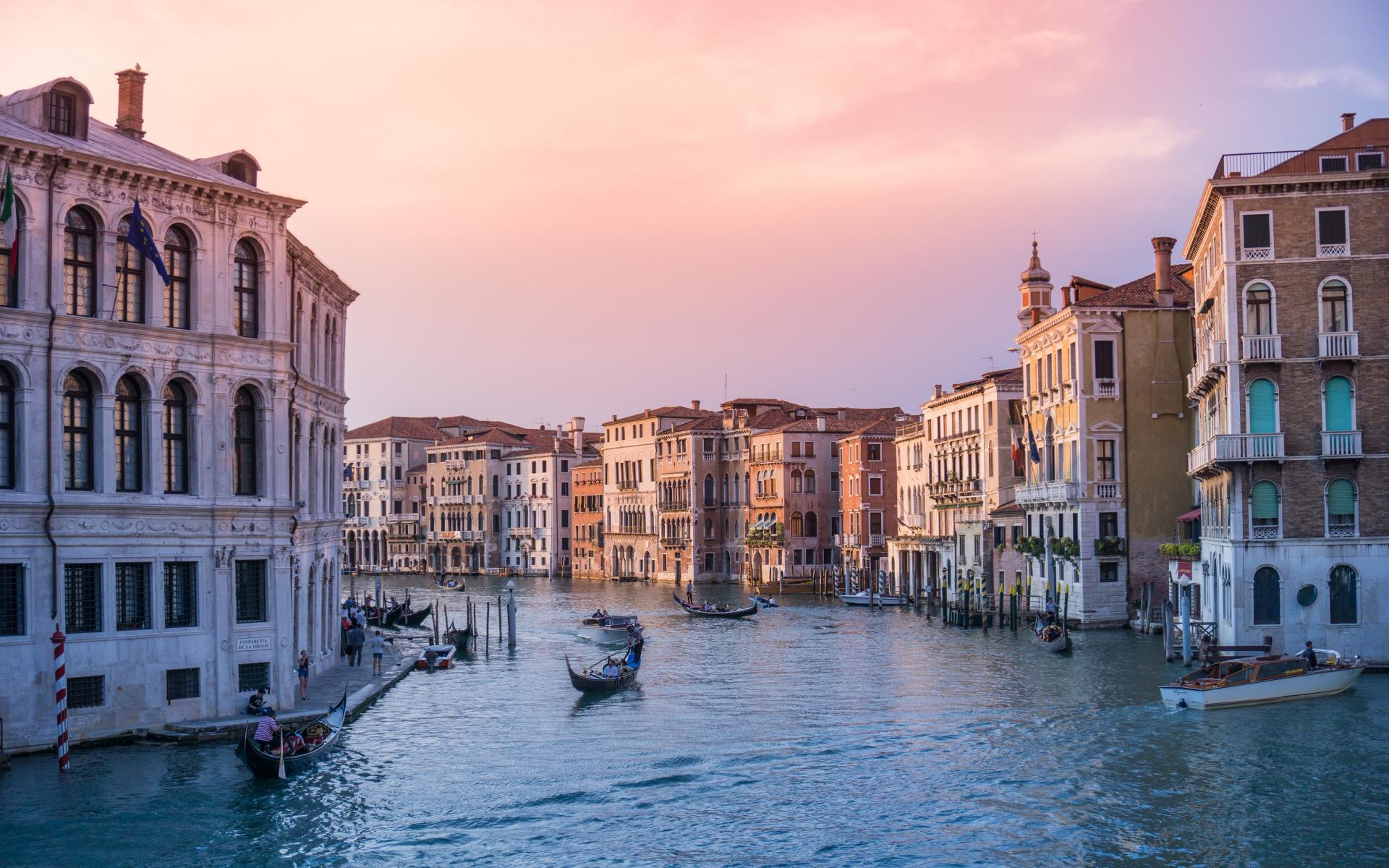 Фото город Венеция, Италия (1556359974)