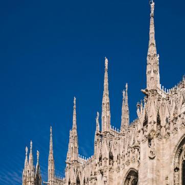 Фото город Милан, Италия (566559341)
