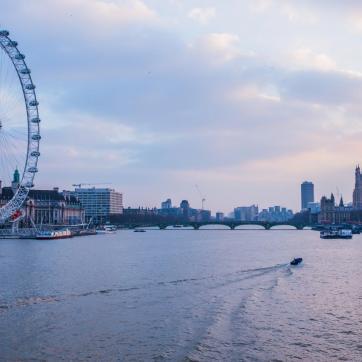 Фото город Лондон, Великобритания (889515474)
